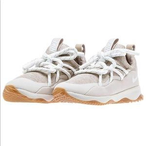 NEW Nike City Loop Sneaker In Sand Size 6